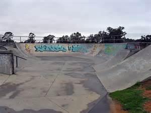Skate Parks In File Bolton Park Skate Park Jpg