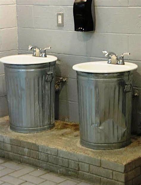 kitchen trash can ideas 25 best ideas about trash bins on pinterest trash can
