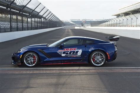 Indy 500 Corvette by Chevy Corvette Zr1 Will Pace The 2018 Indianapolis 500
