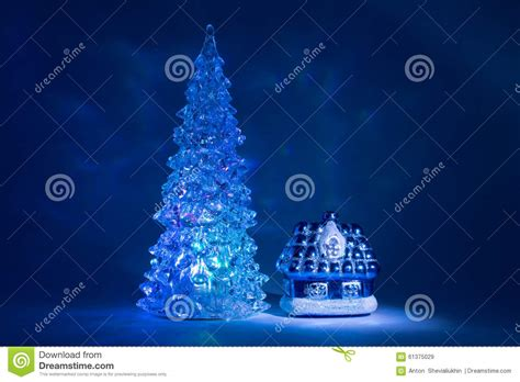 christmas lights northern christmas northern lights spruce tree decoratingspecial com