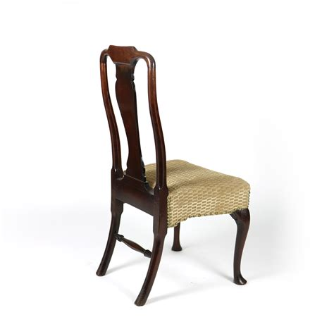 18 dining chairs 18th century walnut dining chair with legs