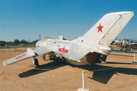 Shenyang J-6 Farmer specifications and photos