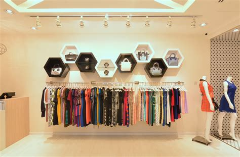 feminine and enveloping fashion boutique in singapore by