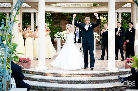Wedding Ceremony Tips by Wedding Planning Ideas