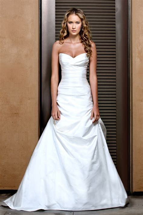 beautiful classic wedding dresses classic wedding dresses for a traditional ceremony ohh my my