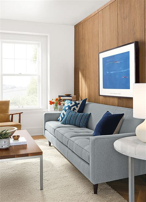 tight  sofas give  modern    size space