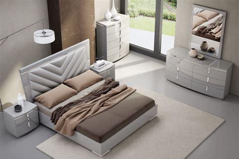 new york grey velvet upholstered bed bedroom furniture new york gray upholstered platform bedroom set from jnm