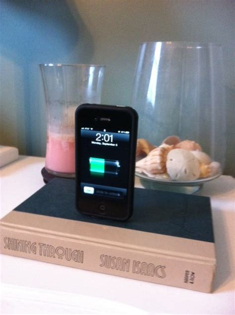 Diy Charging Dock | the diy treatment iphone ipod charging dock
