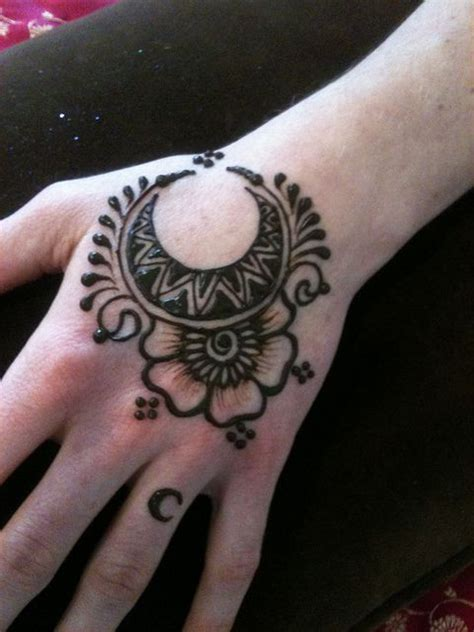 henna tattoo design star the moon henna design mehendi designs