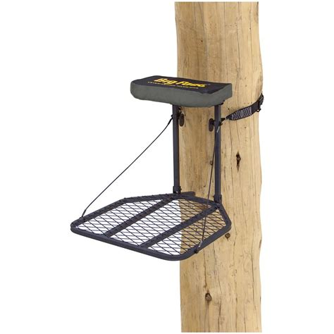 foot pump tree holder rivers edge original big foot hang on tree stand 667263 hang on tree stands at sportsman s guide