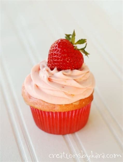 Strawberry Cupcake Clutch Sweet by Strawberry Lemonade Cupcakes With Strawberry Cheese