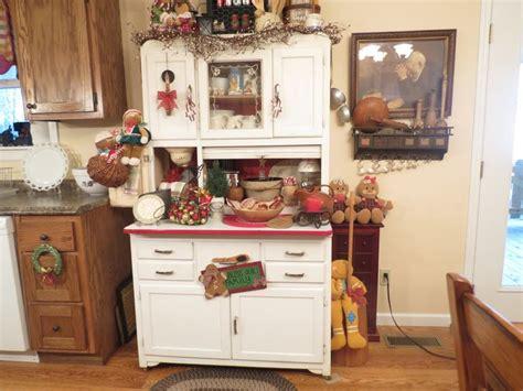 my hoosier cabinet it originally belonged to my great pin by lisa davis on primitive christmas decor ideas 1