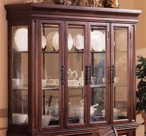 China Cabinet Decor by China Cabinet Decor With White Plate Home Lounge Room