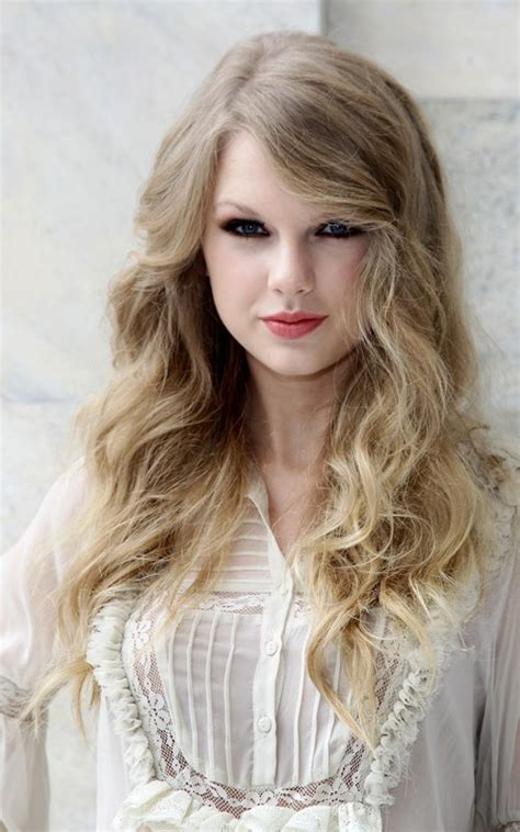 show me hair colors couleur de cheveux taylor swift urgent photo de