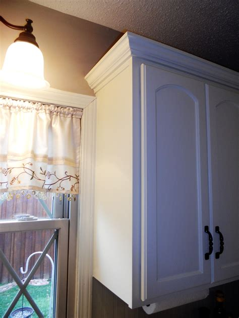 antique white painted kitchen cabinets after jan 2016 05 antique white painted kitchen cabinets after jan 2016 06
