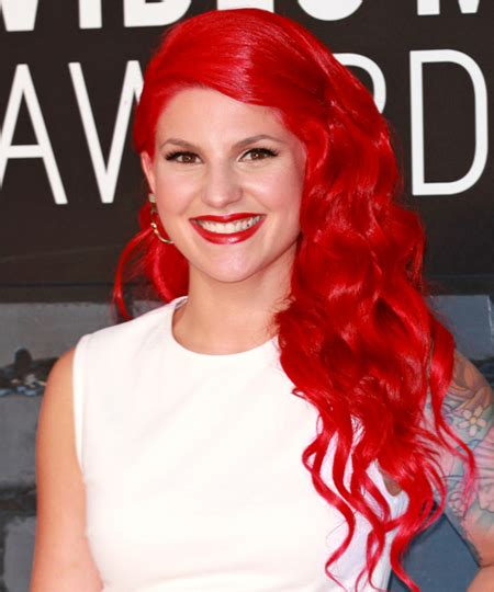carly hairstyl wideo carly aquilino see her past boyfriends relationships