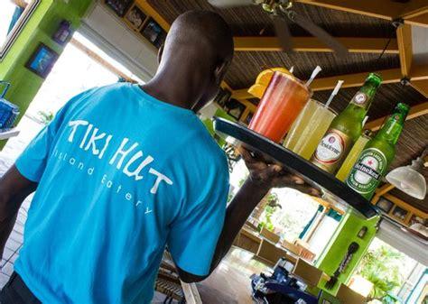 Tiki Bar Turks And Caicos Tiki Hut Island Eatery Providenciales Restaurant