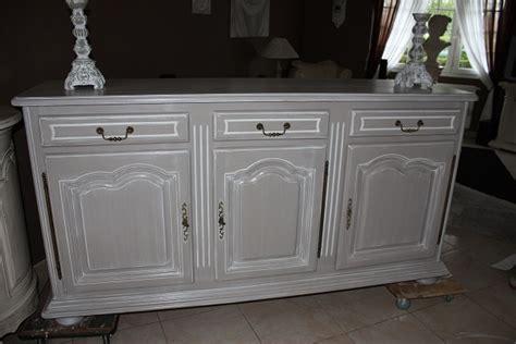 agréable Repeindre Des Vieux Meubles #8: meuble-rustique-en-ch%C3%AAne.jpg
