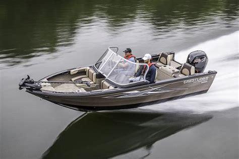 crestliner boats thunder bay 2017 crestliner 1750 super hawk thunder bay ontario