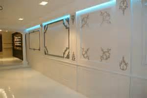 panneautage panneaux muraux et sous bassements en staff