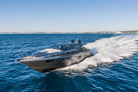big boats are called 10 top motor yachts and power cruisers of 2013 boats