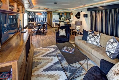 Houseboat Interior by Houseboat Living Room By Robin