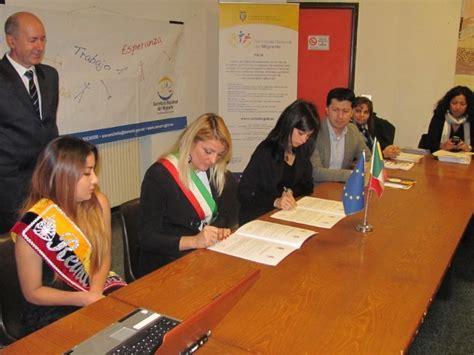 consolato ecuador genova firmato atto di collaborazione tra comune della spezia e