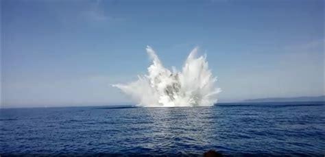 capitaneria porto livorno bomba di aereo fatta esplodere dalla capitaneria