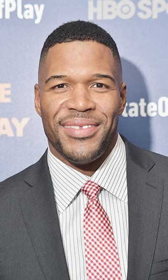 why is michael straham have a mohawk michael strahan mohawk haircut newhairstylesformen2014 com