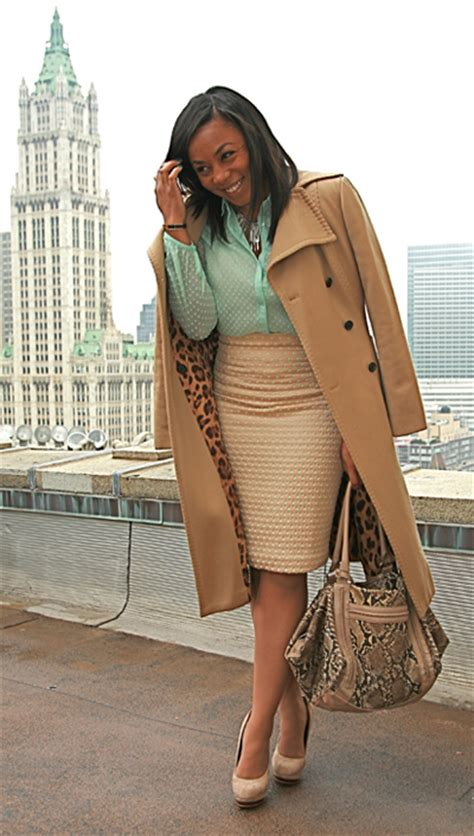 office attire for hot weather style suite channeling scandal s olivia pope