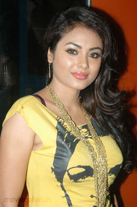tamil hot actress wiki tamil actress hot photos 2012 meenakshi tamil actress hot