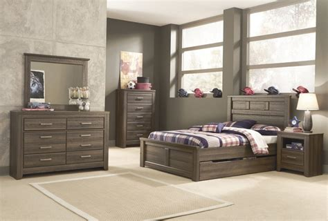 bedroom sets with drawers under bed bedroom sets with drawers under bed from pallets bedroom
