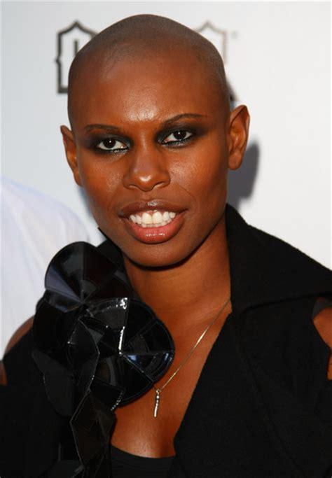 bald covering for black woman skin in the kerrang awards 2009 zimbio