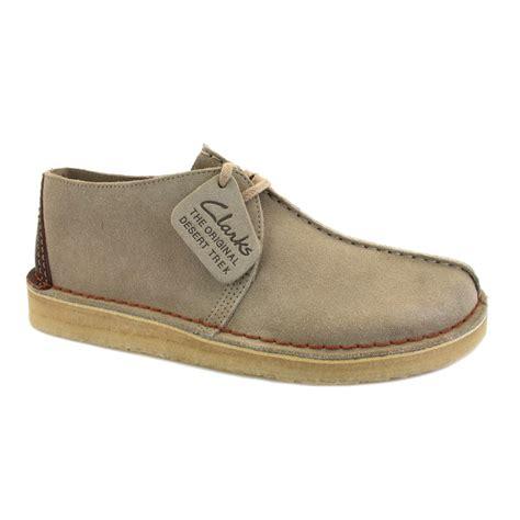 clarks shoes clarks originals desert trek 00111719 6 mens laced suede