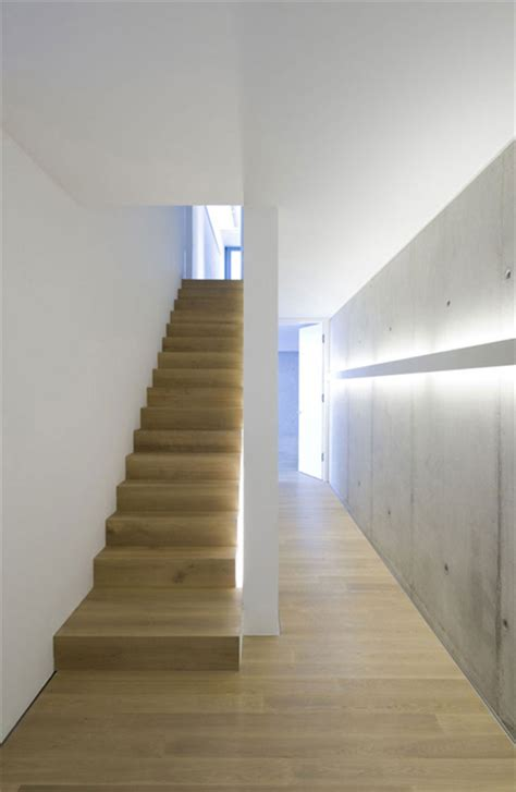 wandleuchten f r treppenaufgang modern munich architecture by lynx