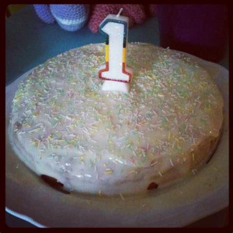 erster geburtstag kuchen ein kuchen zum 1 geburtstag