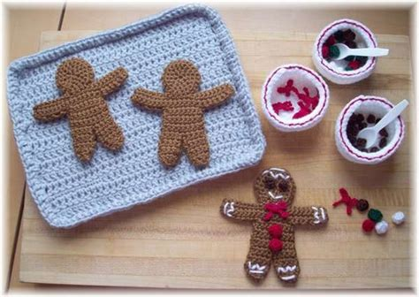 knitted gingerbread free pattern knitted treats ktbdesigns gingerbread