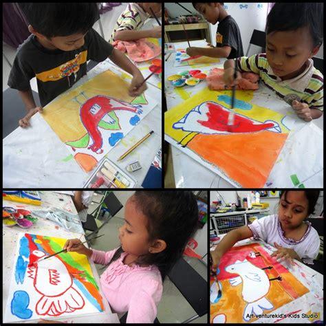 membuat rumah menggunakan bahan terbuang lukisan kanak kanak art venture kids studio