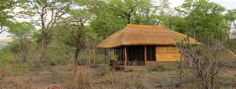 Lochinvar Cottage Valley by Malama Umoyo Cottages Zambia Tourism
