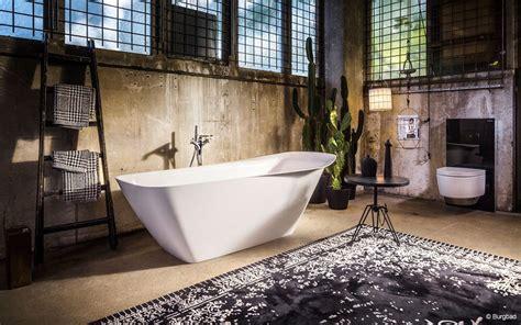 kronleuchter fürs bad badezimmer stauraum design