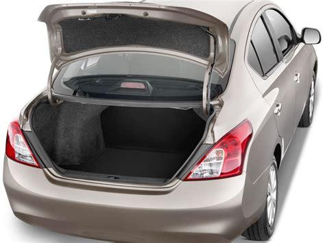 nissan tiida trunk space 2013 nissan versa hatch back autos post