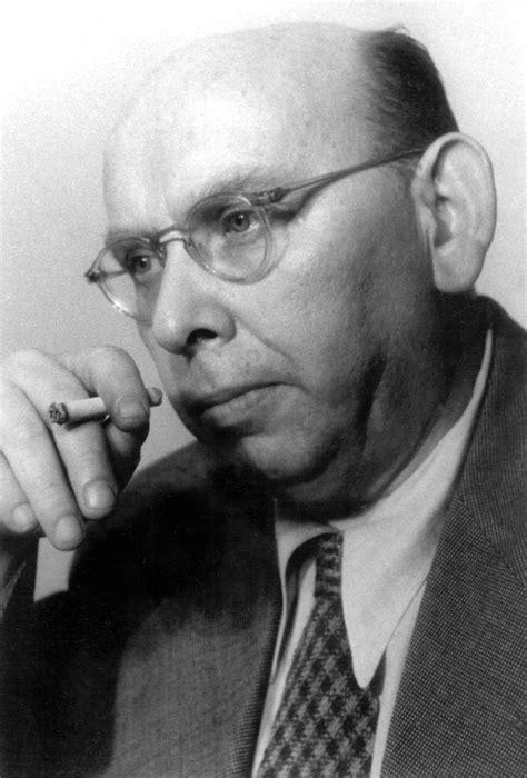 Fotostrecke Neue Biografie zu Komponisten Hanns Eisler
