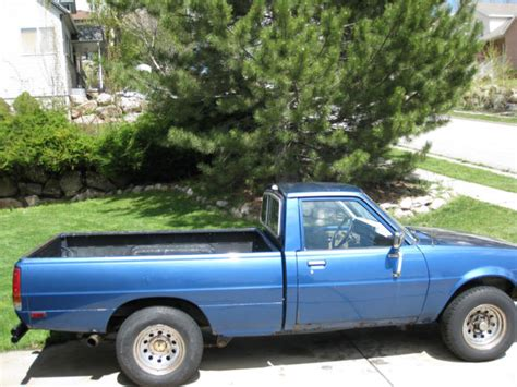 dodge mitsubishi truck 1985 dodge ram 50 turbo diesel mitsubishi mighty max 4x4