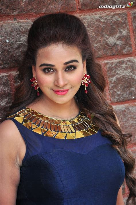actress gallery india glitz jayathi telugu actress image gallery indiaglitz