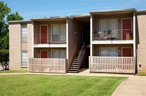 3 bedroom apartments tyler tx meadowbrook apartments in tyler tx 75703 rentcaf 233