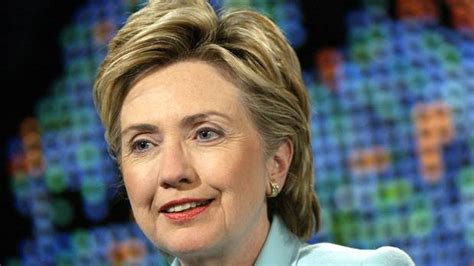 hillary clintons short bob cropped and stuled hillary clinton s hair through the years the globe and mail