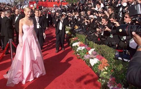 anugerah film terbaik oscar 2010 busana ralph lauren 10 busana oscar terbaik sepanjang