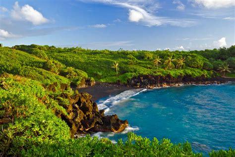 black sand beaches maui maui hawaii black sand beach