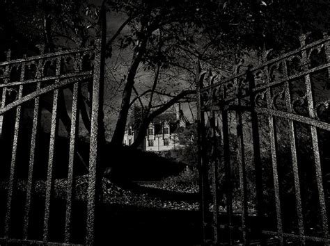the dark side haunted house 50 best passion creepy homes and haunted houses images on pinterest haunted houses
