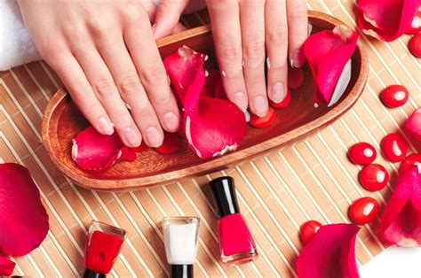 Manicure Pedicure Di Salon Malaysia 16 reasons you may want to stop getting manicures